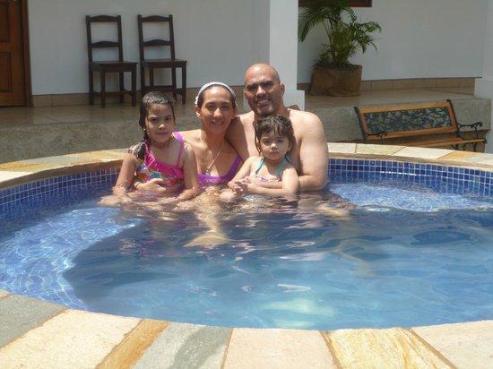 Hotel Mozonte: Area de recreo...piscina