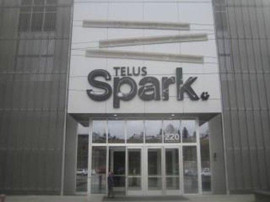 TELUS Spark: Entrance
