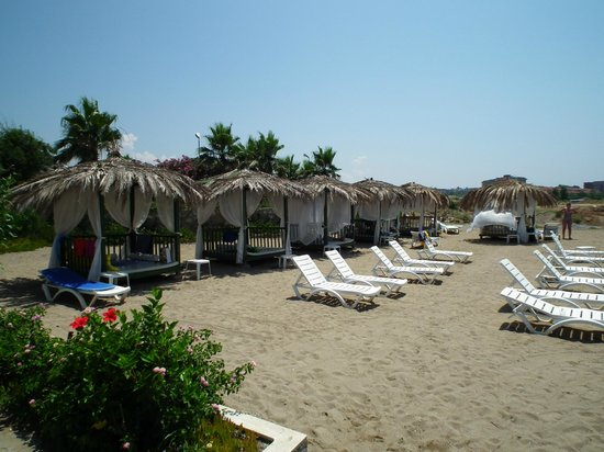 Aqua Plaza: plaża bliżej hotelu
