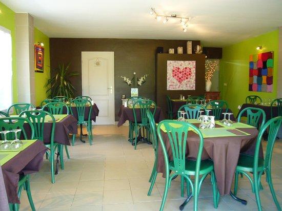 La Table des Oliviers: salle du restaurant