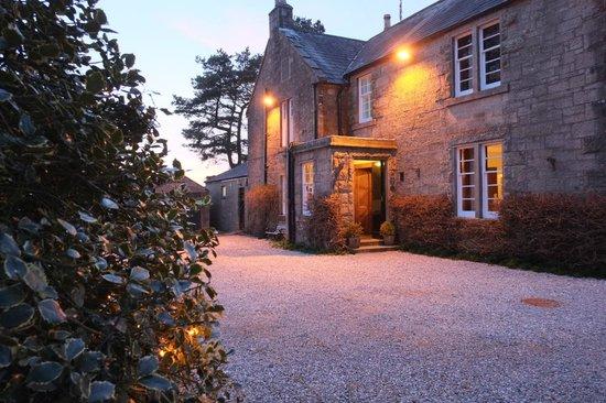 Blackaddie Country House Hotel: Blackaddie Hotel- a warm welcome awaits