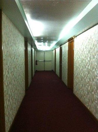 Charter House : corridor
