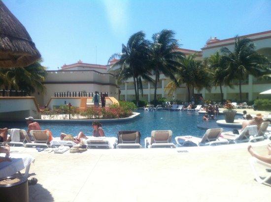 Heaven at the Hard Rock Hotel Riviera Maya: pool 1