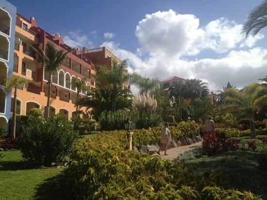 Bahia Principe Costa Adeje: El paraíso??? No Bahia Principe Adeje