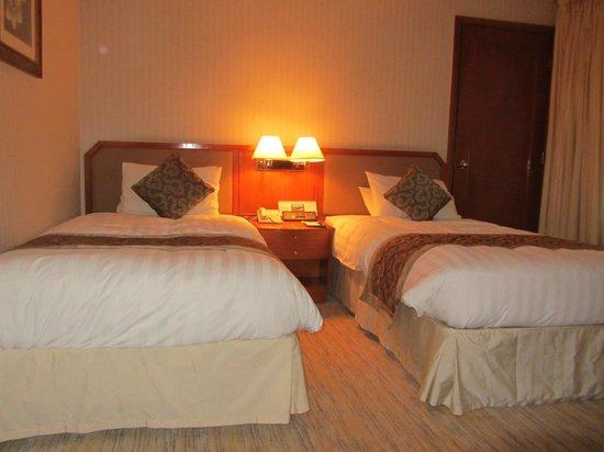 Gloucester Luk Kwok Hong Kong: Twin beds