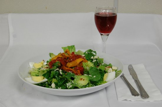 Schaefer's Canal House: Cobb Salad