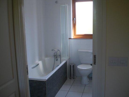 Full upstairs Bathroom of Townhouse