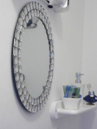 The Waterside B&B: Bathroom en-suite
