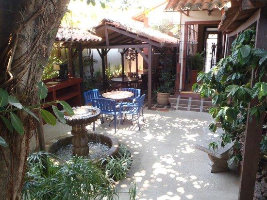 Hotel Los Volcanes B&B: The dining area III