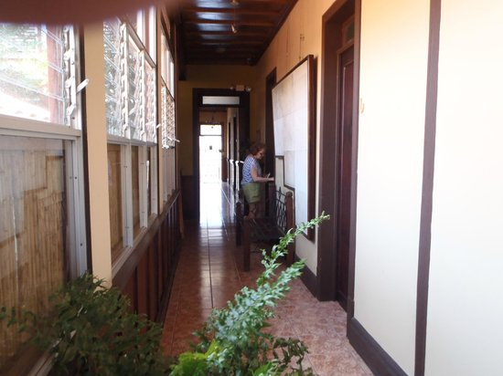 Hotel Los Volcanes B&B: The hall again