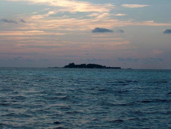 Jumeirah Vittaveli: bolifushi subito dopo il tramonto