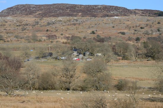 Cae Gwyn Farm and Nature Reserve : Wide view of the farm from across the valley