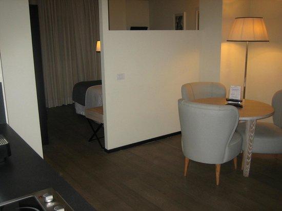 Ponte Vecchio Suites & SPA: camera zona giorno/zona notte