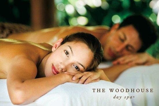 Castle Rock Health Club & Spa - Woodhouse Day Spa: Duet Massage