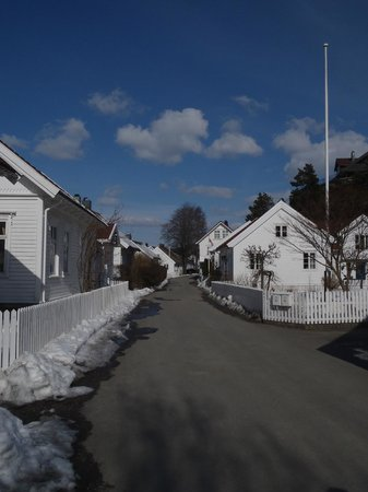 Sogne Municipality, النرويج: Tangvall/Høllengata