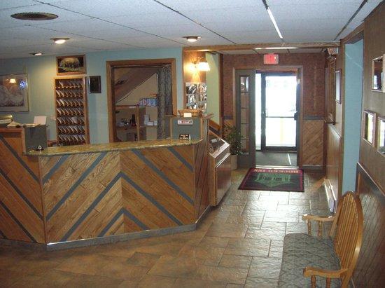 Americas Best Value Inn - Butte : Lobby