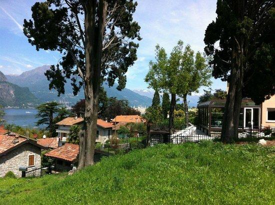 Hotel Silvio: beautiful grounds there