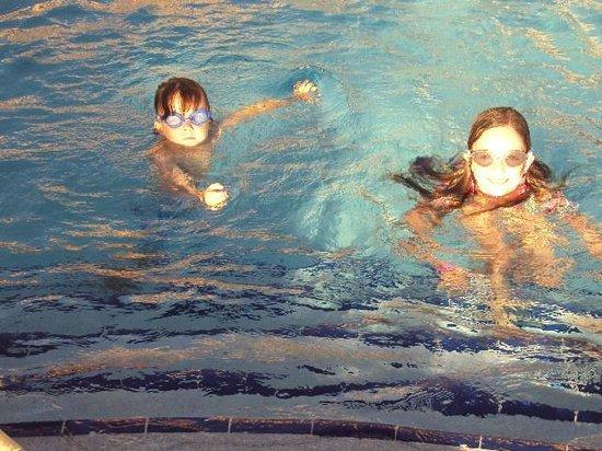 The Royal Sea Aquarium Resort: Swimming Time