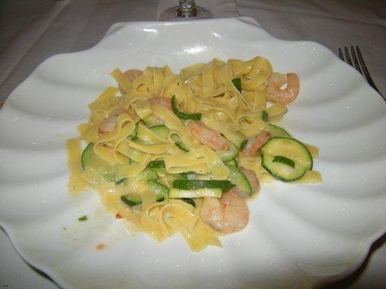 Da Graziano e Loretta : Primo con salmone e zucchine