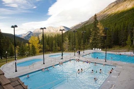 Miette Hot Springs Mountain View- Credit Parks Canada, Simmons