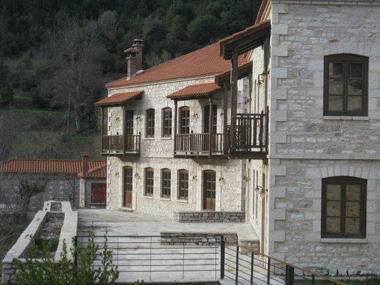 Koryschades Village : Οίκημα Κόρυς, Κορυσχάδες Village