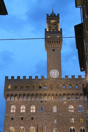 Relais Piazza Signoria: The castle from the balcony