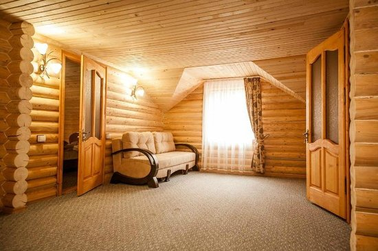 Alushta Municipality: Wooden house with kitchen, sauna and mini pool Jacuzzi in pansion Beregovoy Alushta