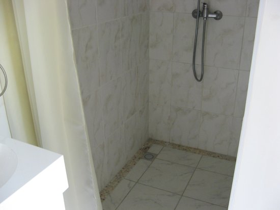 Excellent Rooms : Shower