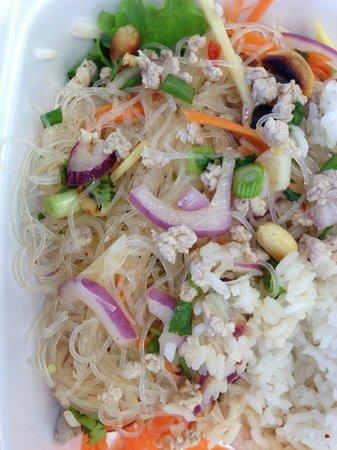 Thai Thai: Cilantro and noodles???