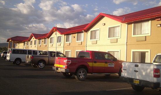 Comfort Inn Near Gila National Forest: Exterior Bldg