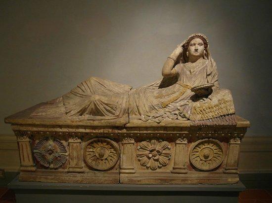 Museo Archeologico Nazionale : Archeologico National Museum  |  Piazza Santissima Annunziata n. 9b, Florence, Italie