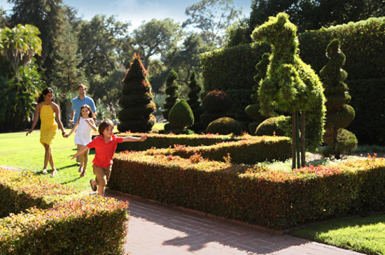 Montecito, CA: Family at Lotusland