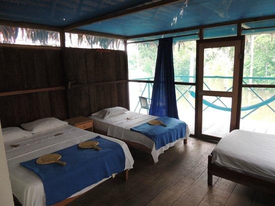 Muyuna Amazon Lodge: Room #6. Double bed and 2 twin beds, (1 twin unused)