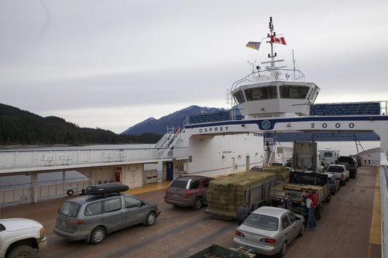 Kootenay Lake Ferry: The ferry