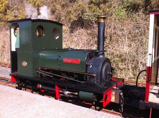 Launceston Steam Railway: our transport for the day :-)