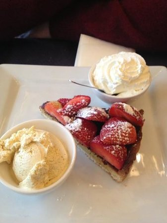 L'Imperial: strawberry tart!