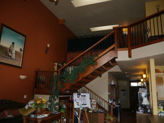 Casa Grande Inn: Stairway
