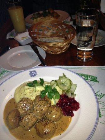 Operakallarens bakficka : yummy meatballs