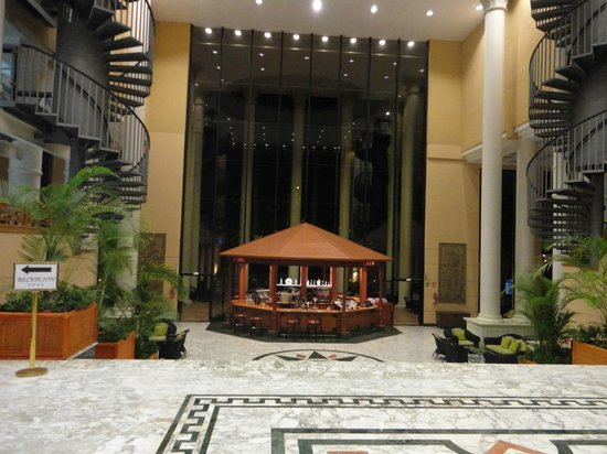 Bahia Princess Hotel: Piano Bar