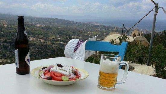 Thavma Coffee Drinks & Cretan food: getlstd_property_photo