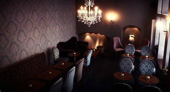 wohnzimmer - picture of la fee bar cafe, heidelberg - tripadvisor, Wohnzimmer