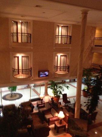 Hotel Mara Inn: lobby