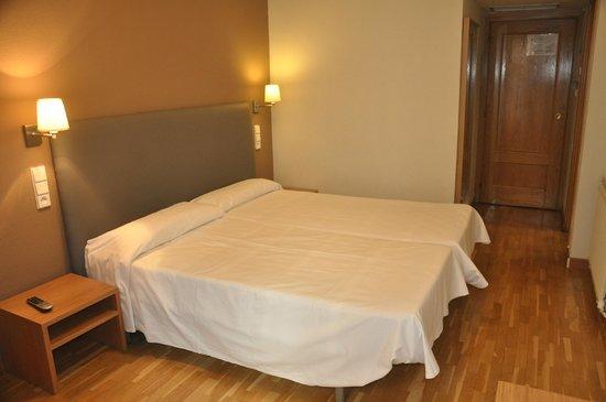 Hotel Don Diego De Velazquez: Habitacion doble