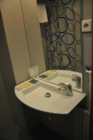 Hotel Don Diego De Velazquez: Baño