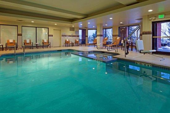 Courtyard by Marriott Denver West / Golden: Indoor Pool