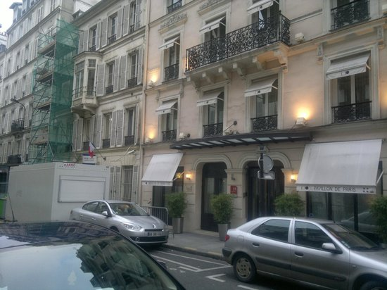 Hotel Le Pavillon de Paris by HappyCulture : Outside Front