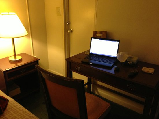 Americana Hotel: work table