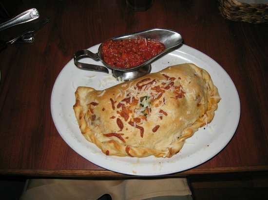 Little Italy: Calzone
