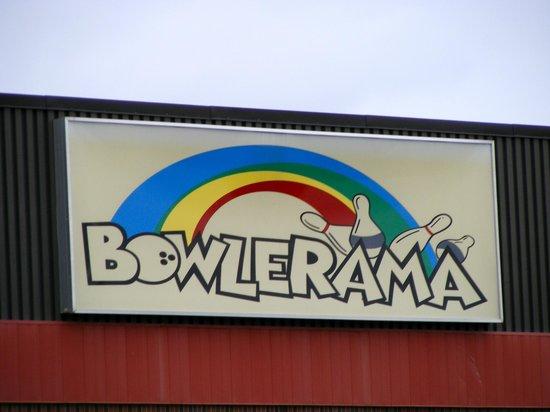 Bowlerama Barrie : Bowlerama Sign