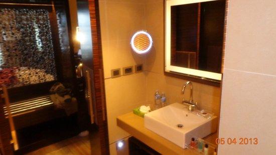 Renaissance Tlemcen Hotel: salle de bain